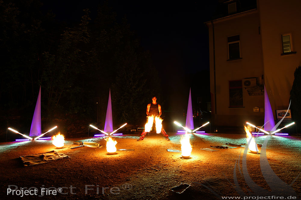 IMG_7551 - Feuershow Hochzeit Romantikhotel Schwanefeld Meerane