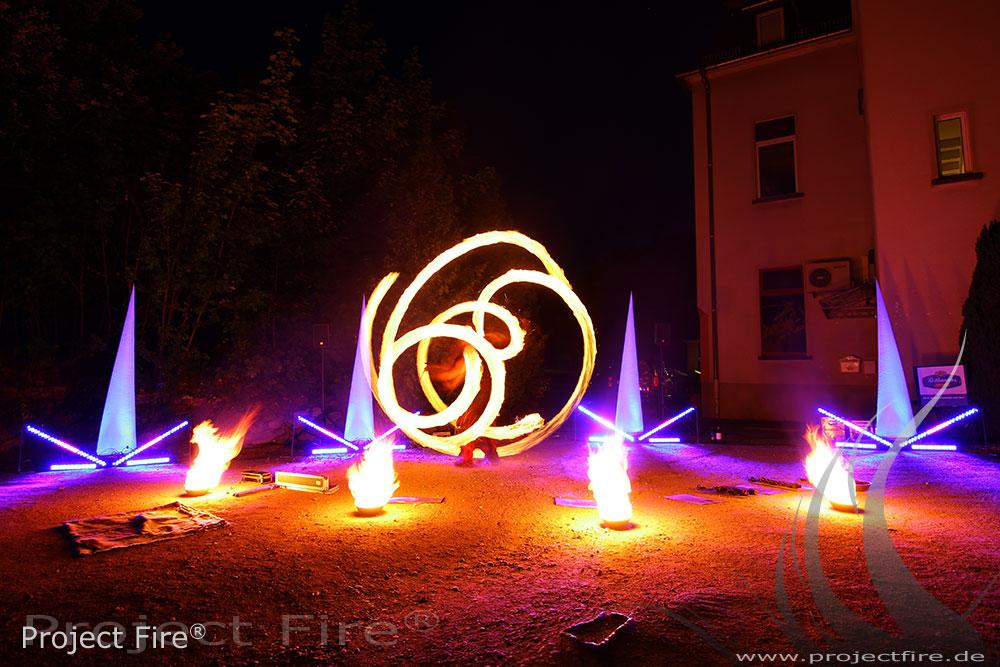 IMG_7563 - Feuershow Hochzeit Romantikhotel Schwanefeld Meerane