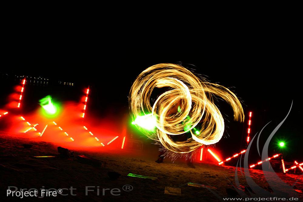 IMG_1499 - Feuershow am Strand Leipzig