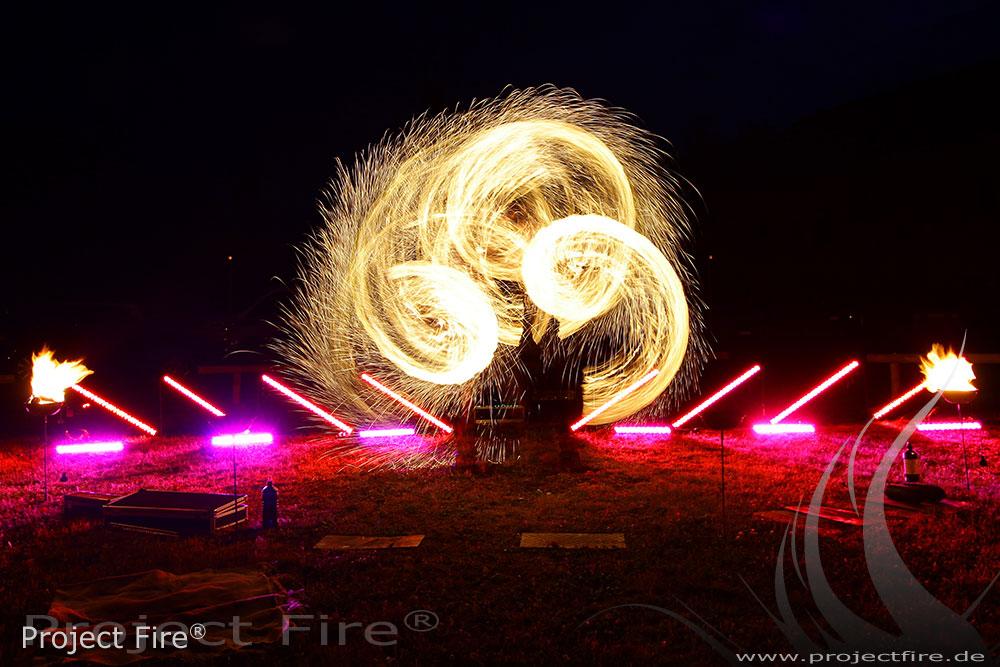 IMG_6565 - Feuerwerk der anderen Art - Feuershow Hochzeit
