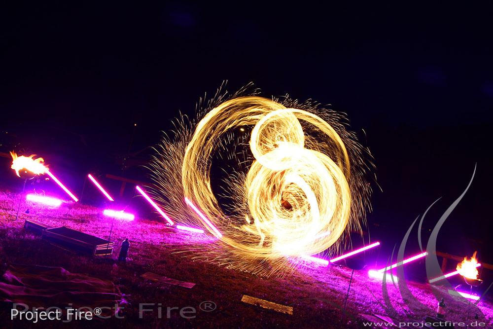 IMG_6568 - Feuerwerk der anderen Art - Feuershow Hochzeit