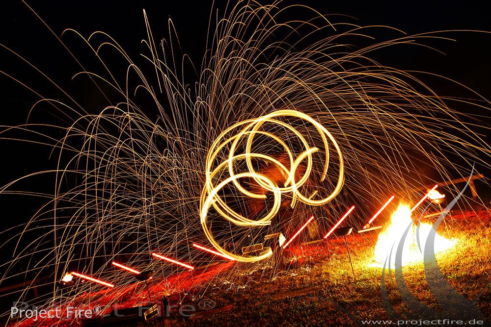 IMG_6609 - Feuerwerk der anderen Art - Feuershow Hochzeit