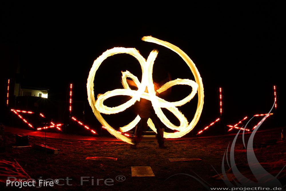 IMG_3069 - Feuerjonglage Flammenshow Feuerspucker Berlin Potsdam Mögelin
