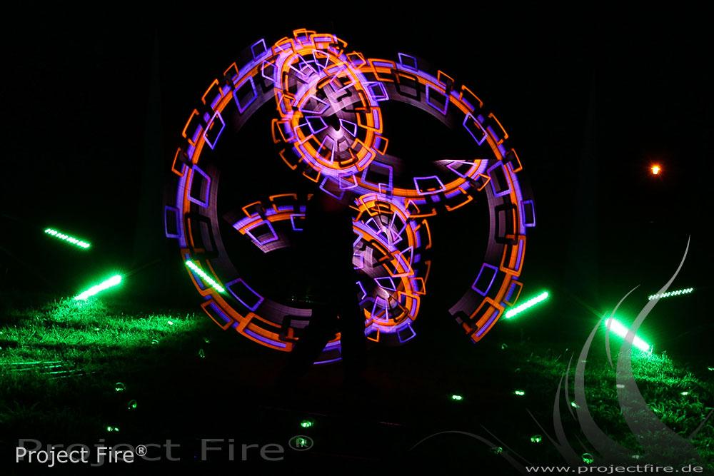 IMG_0312 - Feuerwerk Leipzig Alternative Lichtjonglage Feuershow