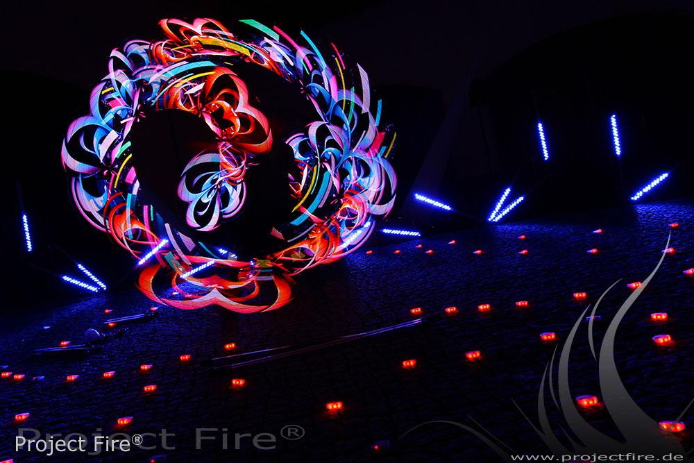 IMG_0787 - Feuershow Feuerwerk Alternative Lichtshow Visualpoi Grafikpoi