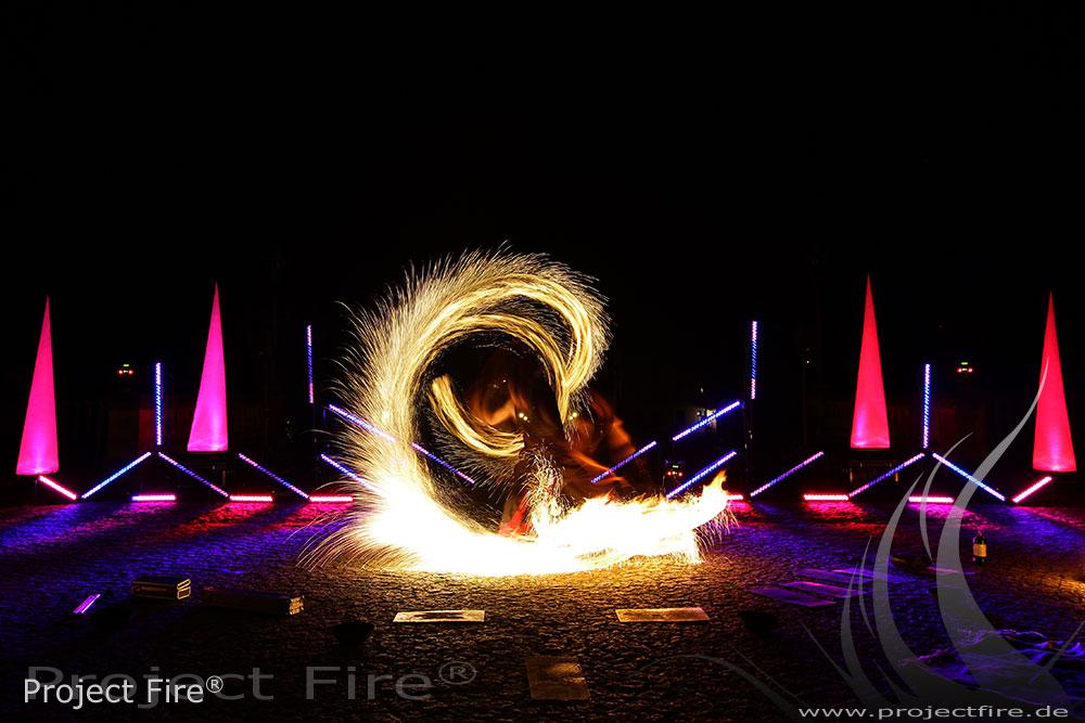 IMG_0256 - Feuershow Schloss Albrechtsberg Dresden