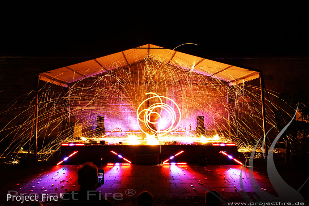 IMG_1035 - Funkenshow Flammenshow Dresden