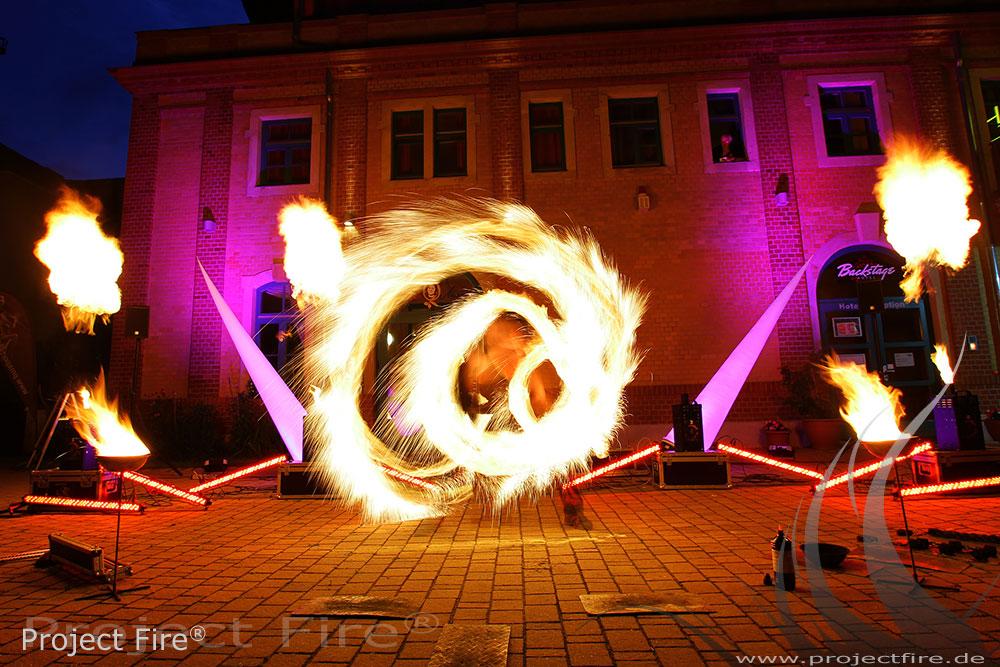 IMG_1013 - Feuerlichtshow Dresden Carte Blanche Theater