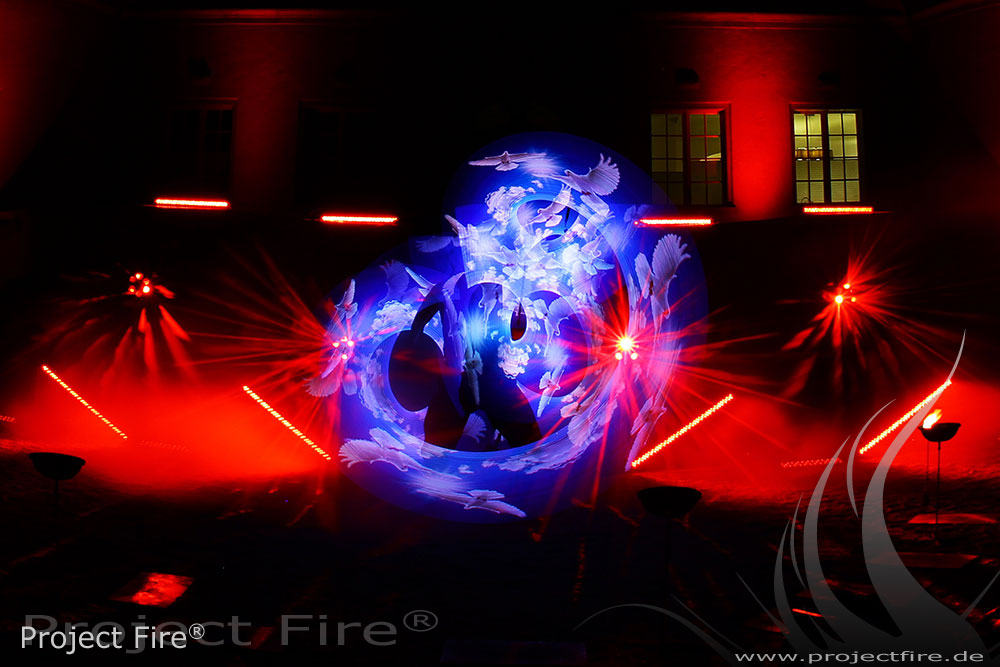 IMG_5899 -Feuerlichtjonglage Project Fire