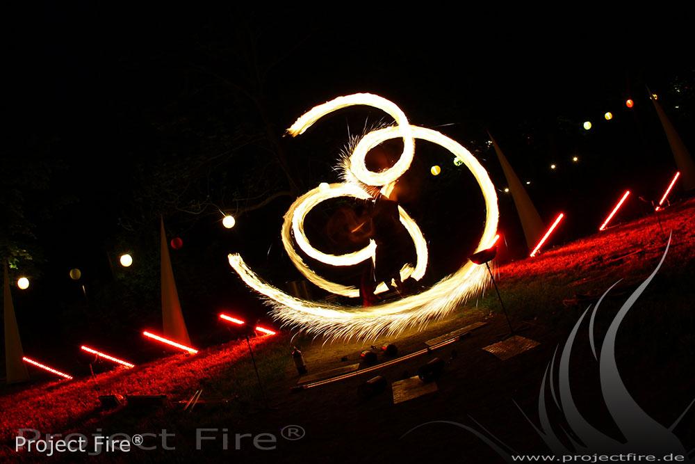 IMG_3839 - Feuerkugeln Lichtshow