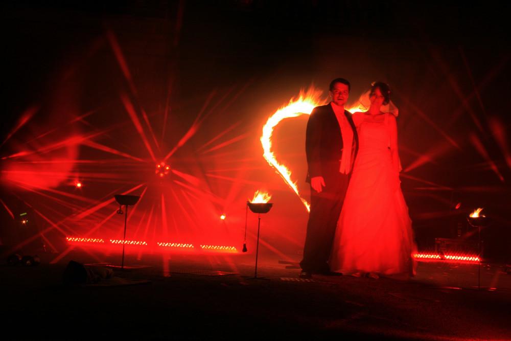 Feuershow 4 Hochzeiten Und Eine Traumreise Project Fire